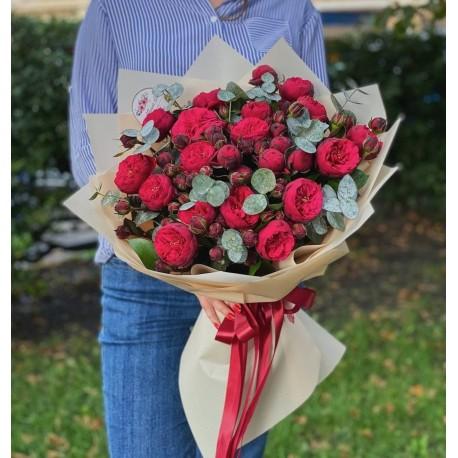 "Букет пионовидных роз ""RedPiano"""