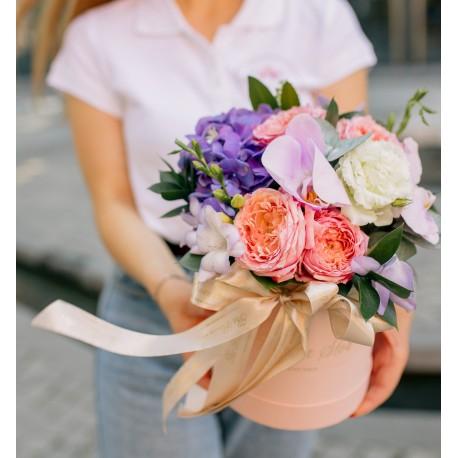 """Шляпная коробка  """"Расцвет красоты"""""""