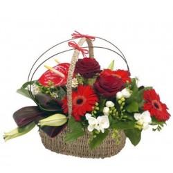 "Корзина из цветов ""Маргарэт"""