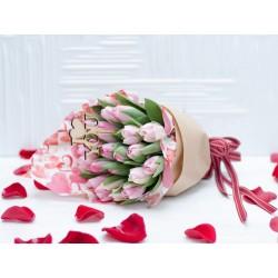 Тюльпаны влюблённых.