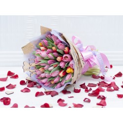 Тюльпаны любви.